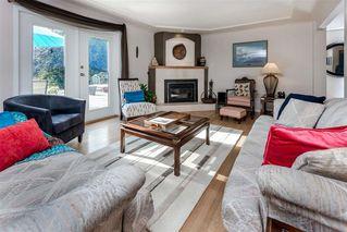 Photo 3: 27970 110 Ave in Maple Ridge: Whonnock House for sale : MLS®# R2498720