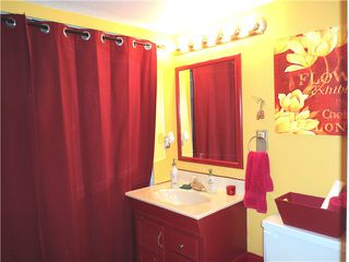 "Photo 4: 1124 JUNIPER Avenue in Port Coquitlam: Lincoln Park PQ House 1/2 Duplex for sale in ""LINCOLN PARK"" : MLS®# V930900"
