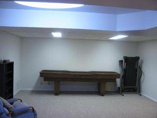 Photo 12: Elegant 4 Bedroom 4-Level Split