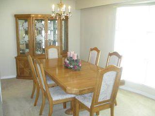 Photo 5: Elegant 4 Bedroom 4-Level Split