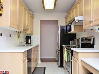 "Photo 5: 106 20240 54A Avenue in Langley: Langley City Condo for sale in ""ARBUTUS COURT"" : MLS®# F1224337"
