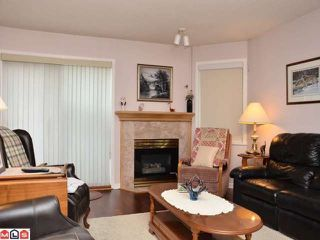 "Photo 2: 106 20240 54A Avenue in Langley: Langley City Condo for sale in ""ARBUTUS COURT"" : MLS®# F1224337"