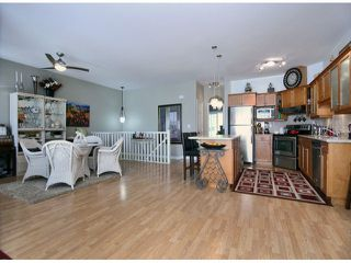 "Photo 5: # 57 8590 SUNRISE DR in Chilliwack: Chilliwack Mountain Townhouse for sale in ""MAPLE HILLS"" : MLS®# H1302237"