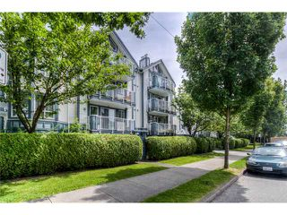 Photo 1: 104 2736 Victoria Drive in Vancouver: Grandview VE Condo for sale (Vancouver East)  : MLS®# V1013118