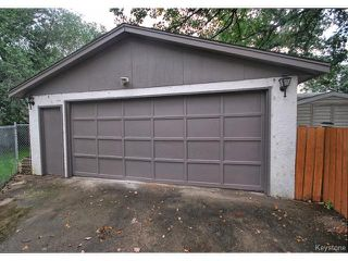 Photo 15: 144 Moore Avenue in WINNIPEG: St Vital Residential for sale (South East Winnipeg)  : MLS®# 1421829
