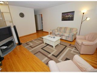 Photo 2: 144 Moore Avenue in WINNIPEG: St Vital Residential for sale (South East Winnipeg)  : MLS®# 1421829