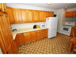 Photo 8: 144 Moore Avenue in WINNIPEG: St Vital Residential for sale (South East Winnipeg)  : MLS®# 1421829