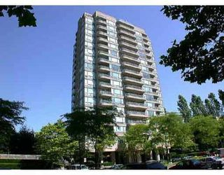 "Main Photo: 806 9633 MANCHESTER DR in Burnaby: Cariboo Condo for sale in ""STRATHMORE TOWER"" (Burnaby North)  : MLS®# V520923"