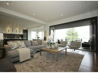 Photo 3: 15639 Cliff Avenue: White Rock House for sale (South Surrey White Rock)