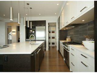 Photo 8: 15639 Cliff Avenue: White Rock House for sale (South Surrey White Rock)