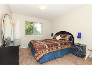 Photo 12: 219 5518 14TH AVENUE in Tsawwassen: Cliff Drive Condo for sale : MLS®# V1138110