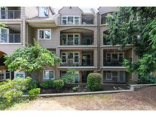 Photo 2: 219 5518 14TH AVENUE in Tsawwassen: Cliff Drive Condo for sale : MLS®# V1138110
