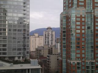 Main Photo: 1406 938 Smithe Street in Vancouver: Downtown Condo for sale (Vancouver West)  : MLS®# v1110680