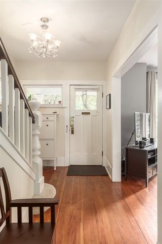 Photo 2: 2645 W 11TH AVENUE in Vancouver: Kitsilano House for sale (Vancouver West)  : MLS®# R2089393
