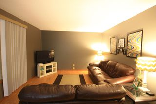 Photo 3: 333 Dufault Drive in Ile Des Chenes: Single Family Detached for sale