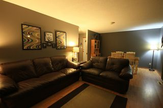 Photo 2: 333 Dufault Drive in Ile Des Chenes: Single Family Detached for sale