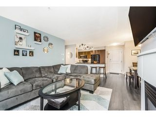Photo 5: 401 12020 207A STREET in Maple Ridge: Northwest Maple Ridge Condo for sale : MLS®# R2241847
