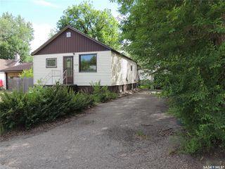 Photo 1: 526 1st Street in Estevan: Eastend Residential for sale : MLS®# SK785242