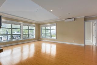 "Photo 5: 206 6688 ROYAL Avenue in West Vancouver: Horseshoe Bay WV Condo for sale in ""Galleries on the Bay"" : MLS®# R2410862"