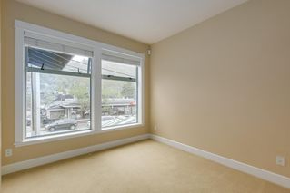 "Photo 9: 206 6688 ROYAL Avenue in West Vancouver: Horseshoe Bay WV Condo for sale in ""Galleries on the Bay"" : MLS®# R2410862"