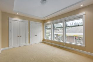 "Photo 12: 206 6688 ROYAL Avenue in West Vancouver: Horseshoe Bay WV Condo for sale in ""Galleries on the Bay"" : MLS®# R2410862"