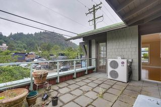 "Photo 3: 206 6688 ROYAL Avenue in West Vancouver: Horseshoe Bay WV Condo for sale in ""Galleries on the Bay"" : MLS®# R2410862"
