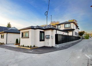Photo 3: 168 E 48TH Avenue in Vancouver: Main House for sale (Vancouver East)  : MLS®# R2412285
