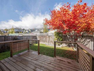 "Photo 2: 22 767 NORTH Road in Gibsons: Gibsons & Area Townhouse for sale in ""NORTH OAKS"" (Sunshine Coast)  : MLS®# R2415333"