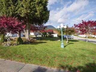 "Photo 20: 22 767 NORTH Road in Gibsons: Gibsons & Area Townhouse for sale in ""NORTH OAKS"" (Sunshine Coast)  : MLS®# R2415333"