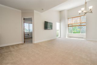 "Photo 4: 401 11887 BURNETT Street in Maple Ridge: East Central Condo for sale in ""WELLINGTON STATION"" : MLS®# R2420542"