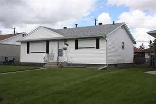 Photo 2: 13324 136 Avenue NW in Edmonton: Zone 01 House for sale : MLS®# E4203935