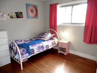 Photo 13: 947 JUNIPER Avenue: Sherwood Park House for sale : MLS®# E4204289