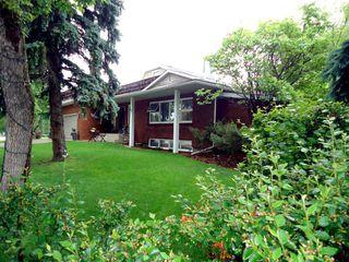 Photo 2: 947 JUNIPER Avenue: Sherwood Park House for sale : MLS®# E4204289