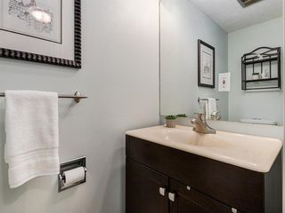 Photo 17: 16 5315 53 Avenue NW in Calgary: Varsity Row/Townhouse for sale : MLS®# A1041162