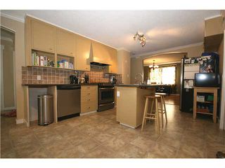 "Photo 5: 4652 47A Street in Ladner: Ladner Elementary House for sale in ""PORT GUICHON"" : MLS®# V962365"