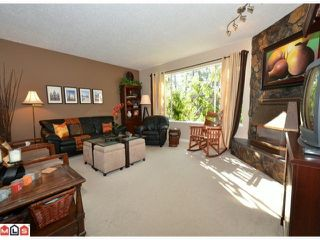 Photo 3: 32426 MCRAE Avenue in Mission: Mission BC House for sale : MLS®# F1223442