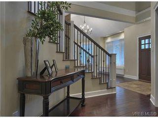 Photo 9: 710 Red Cedar Crt in VICTORIA: Hi Western Highlands House for sale (Highlands)  : MLS®# 629674
