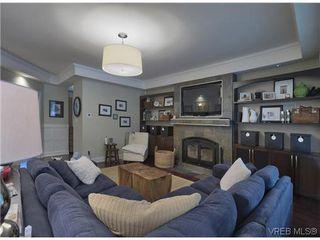 Photo 8: 710 Red Cedar Crt in VICTORIA: Hi Western Highlands House for sale (Highlands)  : MLS®# 629674