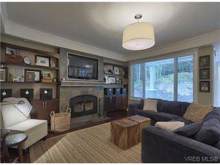 Photo 7: 710 Red Cedar Crt in VICTORIA: Hi Western Highlands House for sale (Highlands)  : MLS®# 629674