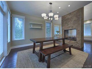 Photo 4: 710 Red Cedar Crt in VICTORIA: Hi Western Highlands House for sale (Highlands)  : MLS®# 629674