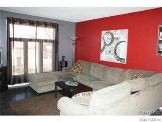 Photo 5: 54 TWEEDSMUIR BAY in Regina: Sherwood Estates Single Family Dwelling for sale (Regina Area 01)  : MLS®# 474224