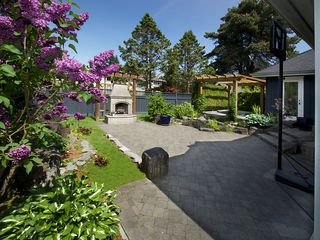 Photo 16: 5335 10TH Avenue in Tsawwassen: Tsawwassen Central House for sale : MLS®# V1078637