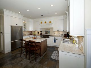 Photo 6: 5335 10TH Avenue in Tsawwassen: Tsawwassen Central House for sale : MLS®# V1078637