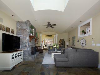 Photo 3: 5335 10TH Avenue in Tsawwassen: Tsawwassen Central House for sale : MLS®# V1078637