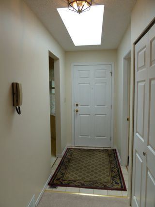 Photo 2: 10 5365 205 Street in Morning Side Estates: Home for sale : MLS®# F1110576