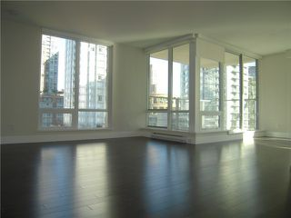 Photo 4: # 704 535 SMITHE ST in Vancouver: Downtown VW Condo for sale (Vancouver West)  : MLS®# V1116512