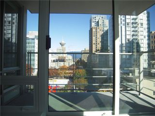 Photo 7: # 704 535 SMITHE ST in Vancouver: Downtown VW Condo for sale (Vancouver West)  : MLS®# V1116512