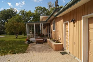 Photo 5: 6 Dora Place in Dugald: Single Family Detached for sale : MLS®# 1526190