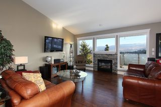 Photo 1: 2383 Silver Place in KELOWNA: Dilworth Mountain Agriculture for sale (Kelowna, B.C.)