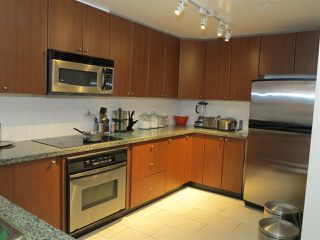 Photo 3: 403 4132 HALIFAX STREET in Burnaby: Brentwood Park Condo for sale (Burnaby North)  : MLS®# R2044605